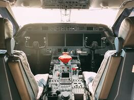 interior-of-a-pilot-cockpit-cabin-private-jet-6D3C82N